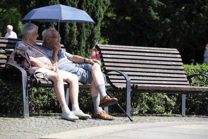 Сколько пенсионеров в китае
