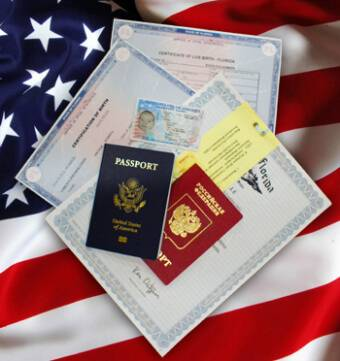 Во сколько лет в америке получают паспорт