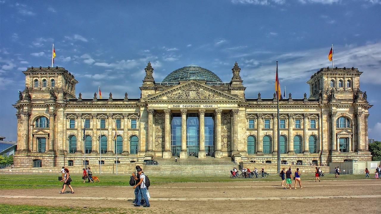 Приглашение в германию в свободной форме образец